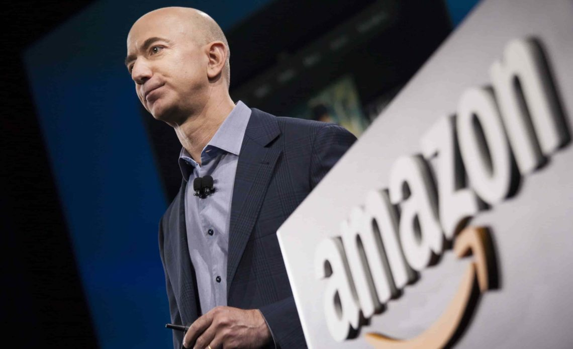 Amazon Owner Jeff Bezos Says Newspaper Owner Tried to Blackmail Him