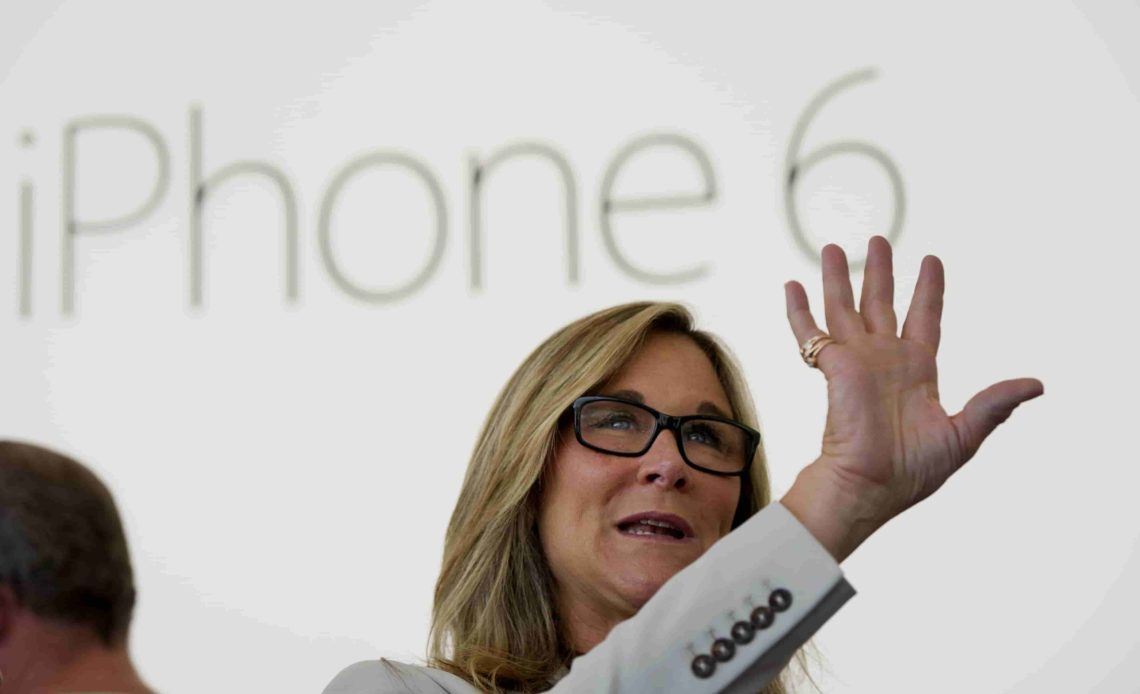 Apple retail chief Angela Ahrendts to quit in April